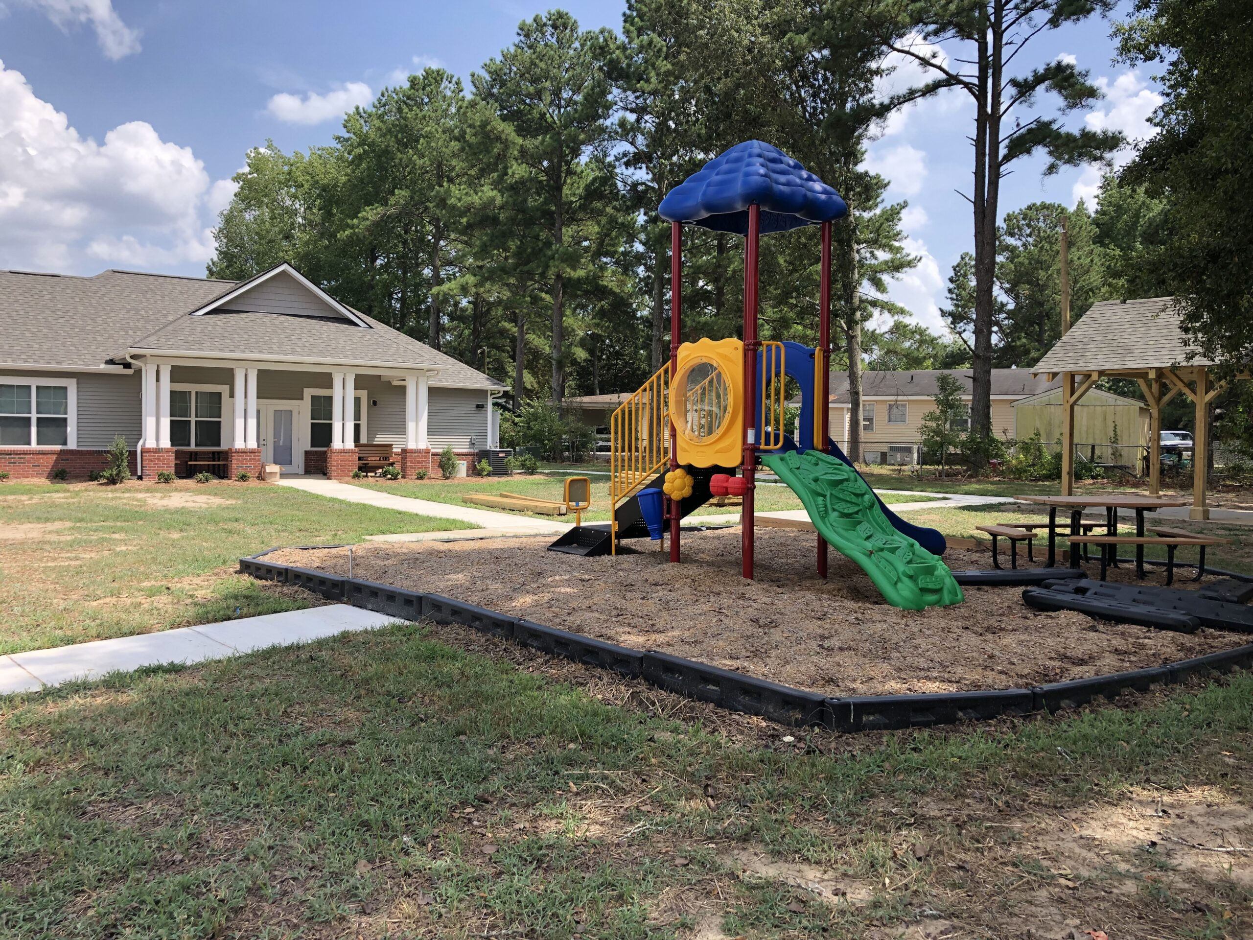 Ravenwood Crossing Playground & Community Building